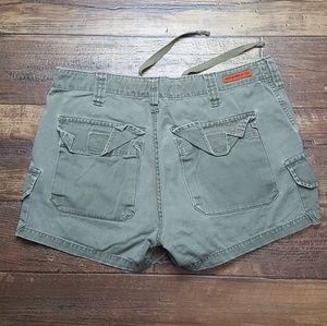 Abercrombie & Fitch Shorts - Abercrombie army green cargo shorts